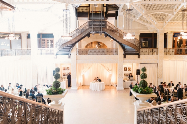 Rent Vintage Chicago Wedding-Reception-at-The-Rookery-600x399